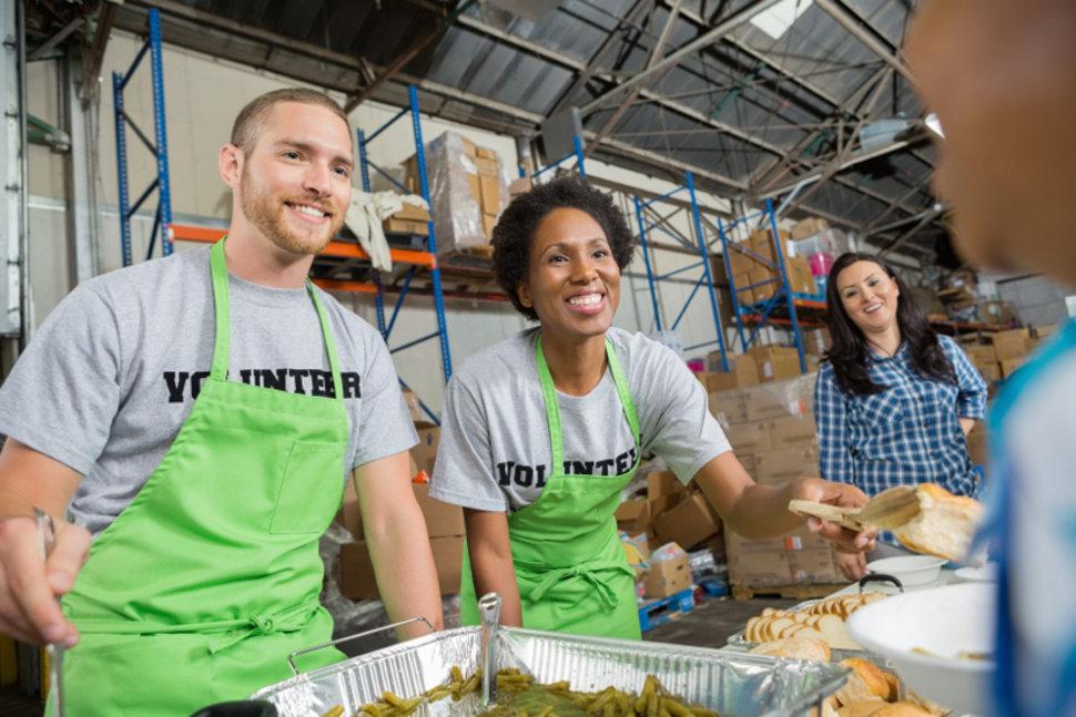 Guia completo: como começar a fazer trabalho voluntário